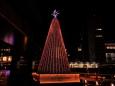 クリスマスツリーと山手線